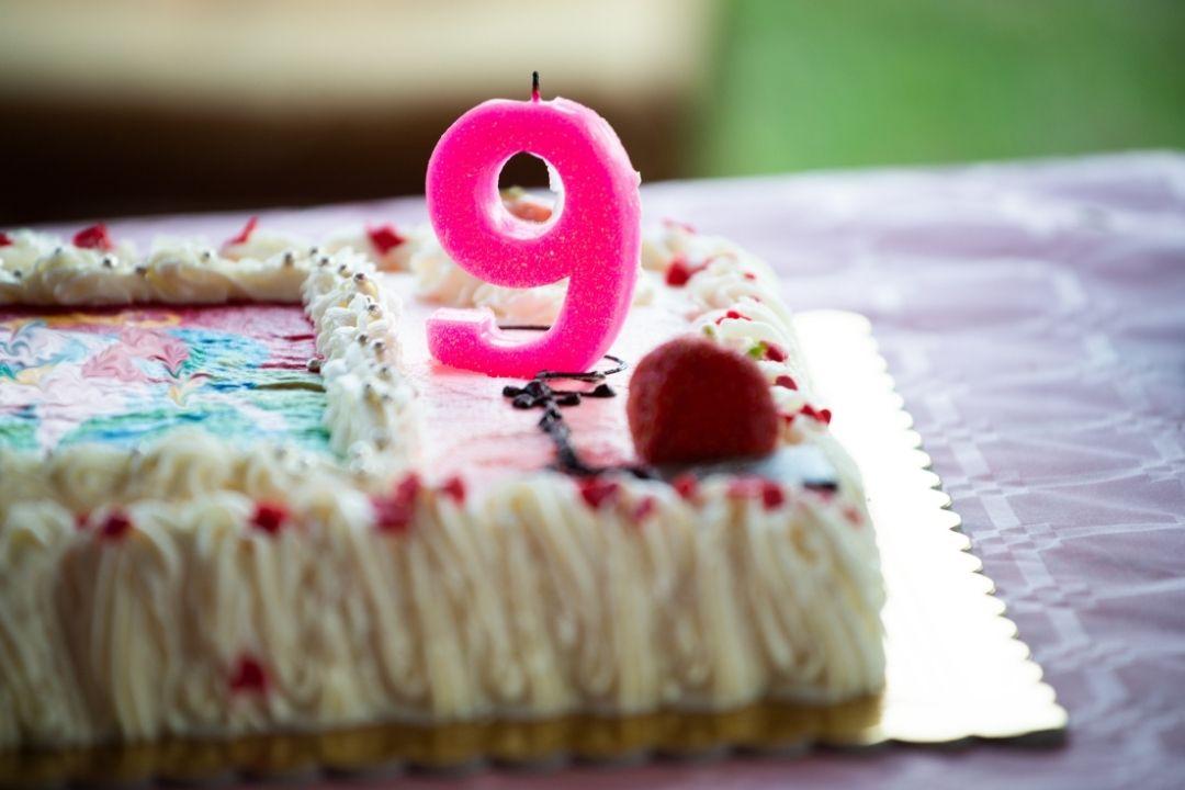 9 years birthday cake