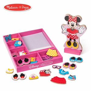 minnie mouse magnetic dress up play set