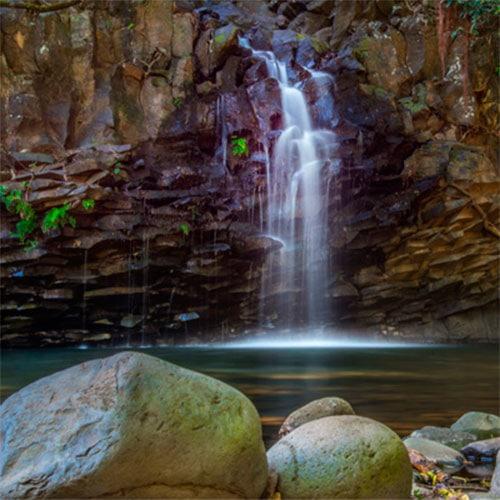 walk to the waterfalls