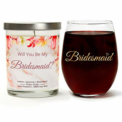 candle set that says will you be my bridesmaid